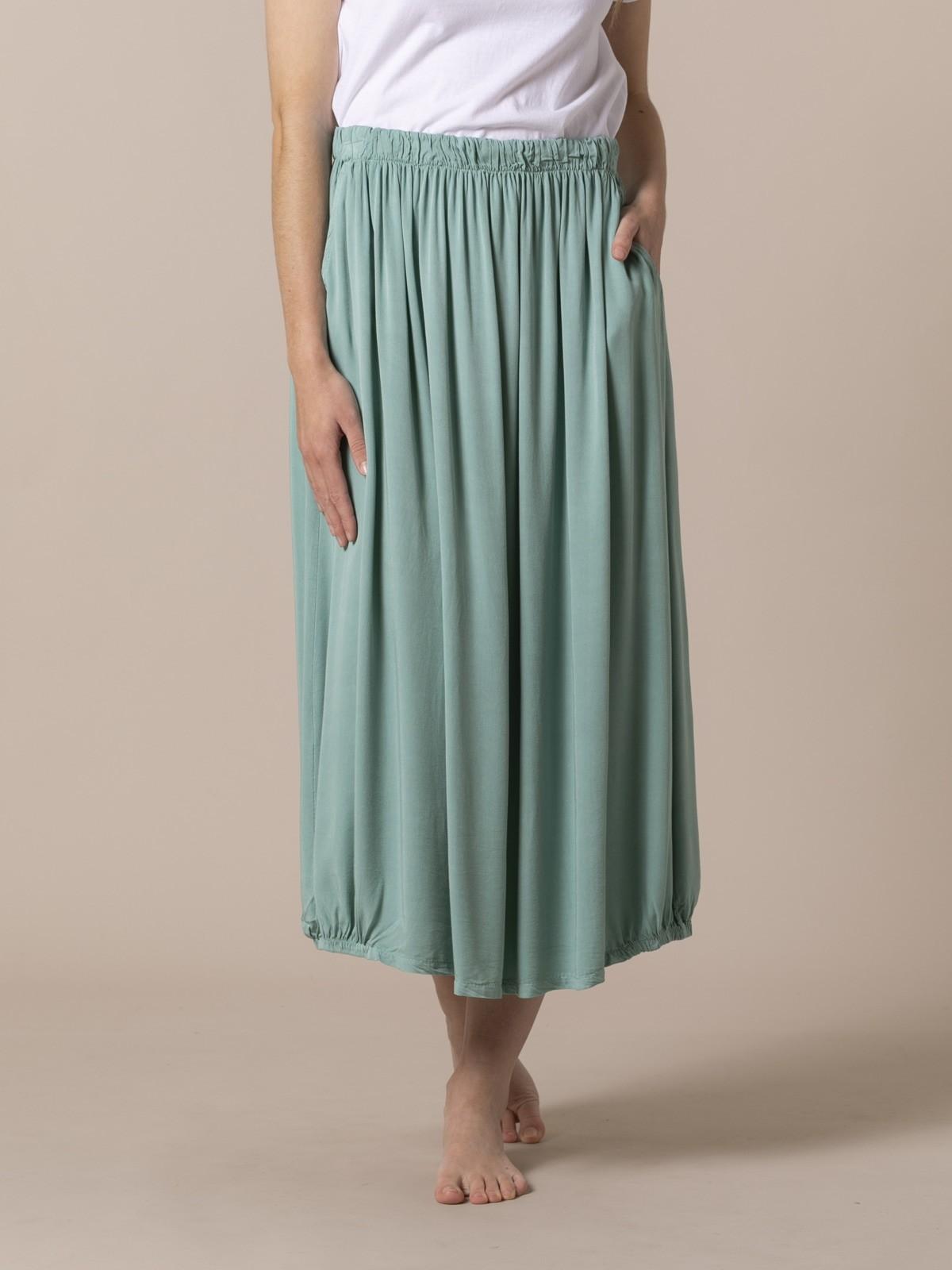 Woman Flowy skirt with elastic waist Green