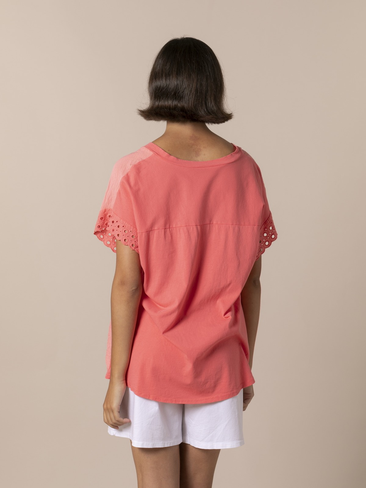 Woman Woman Embroidered pre-punched cotton T-shirt Coral