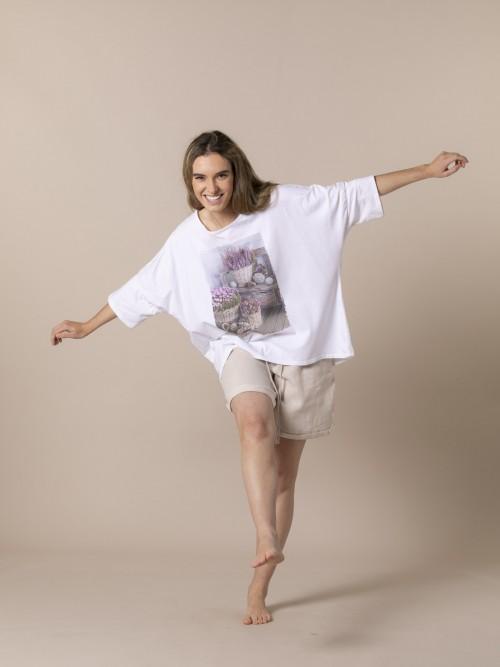 Woman Oversized flower basket t-shirt Beige