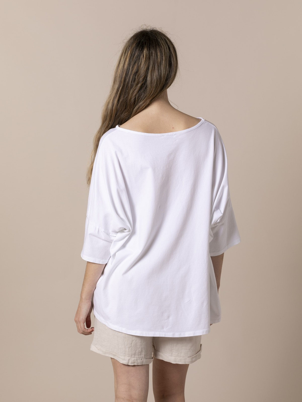 Camiseta oversize mujer cesto flores Beige