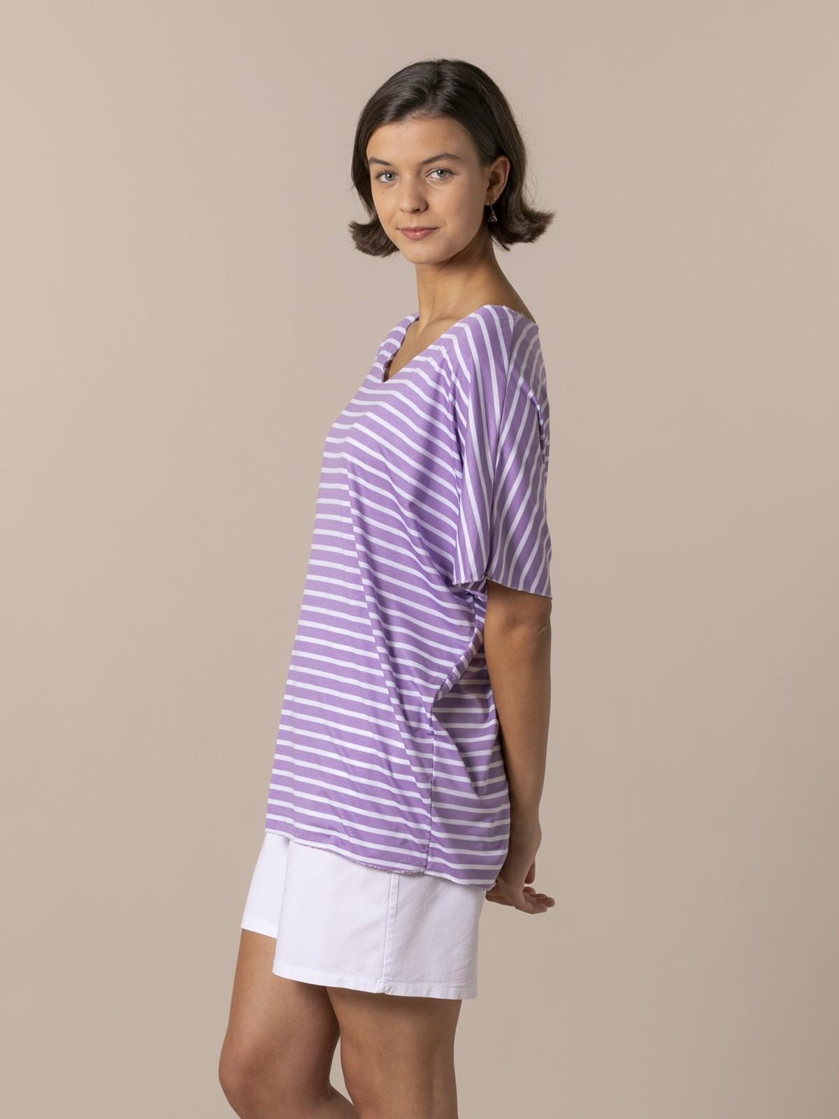 Woman Woman Striped V-neck T-shirt Lila