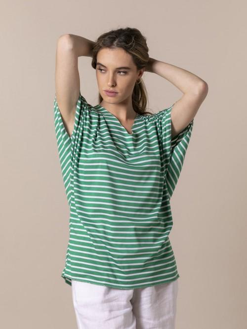 Woman Striped V-neck T-shirt Green