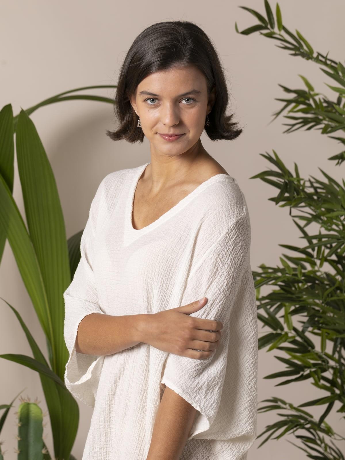 Woman Woman Wide cotton shirt Crudo