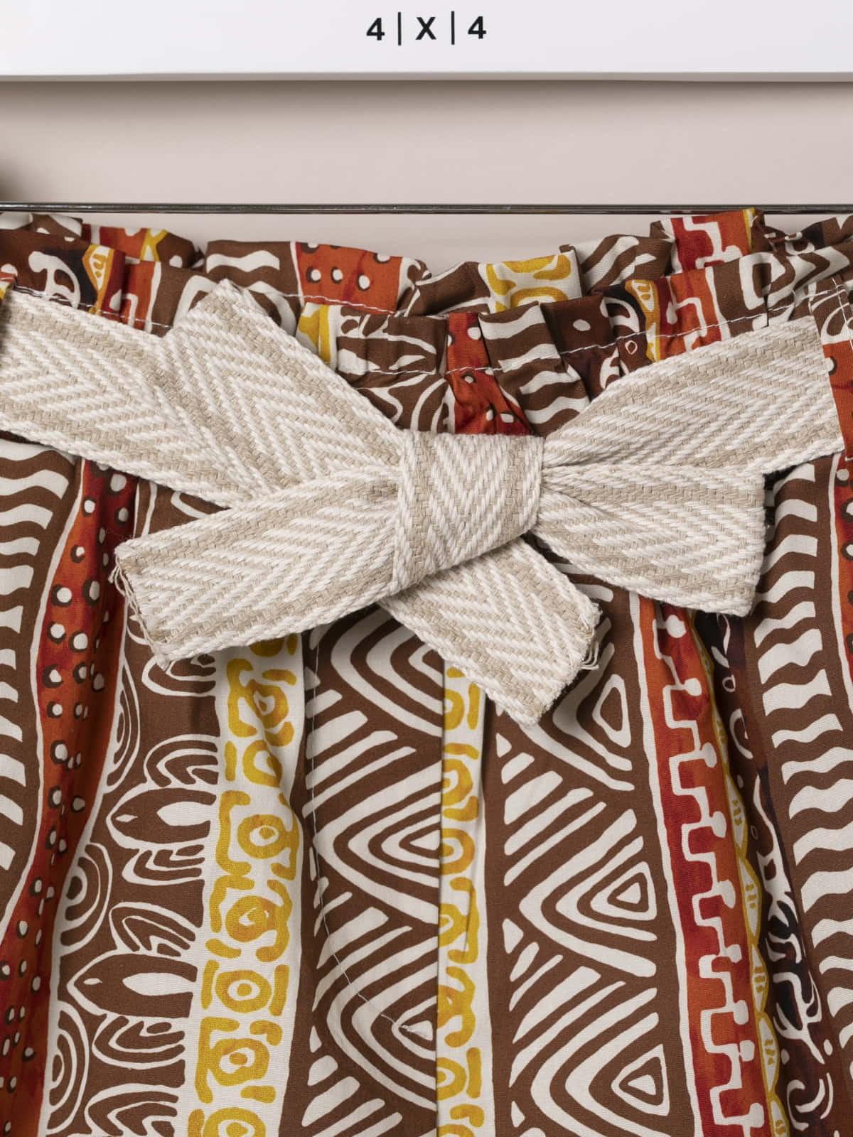 Woman Ethnic print bermuda with belt Amarillo