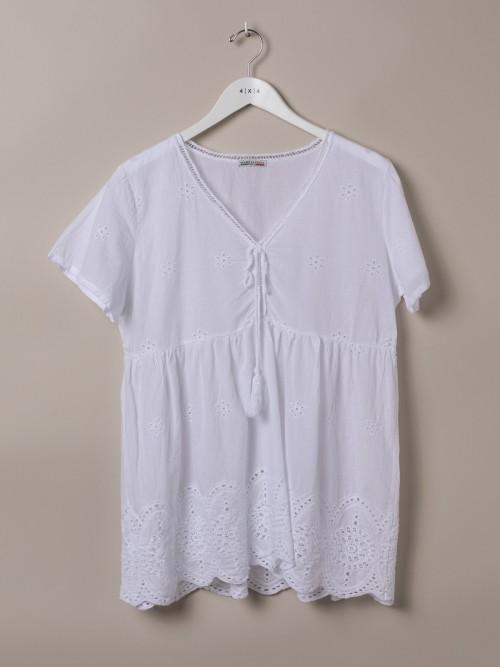 Woman V-neck flocked shirt White