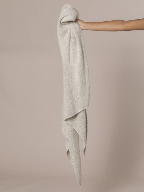 Woman Soft scarf Beige