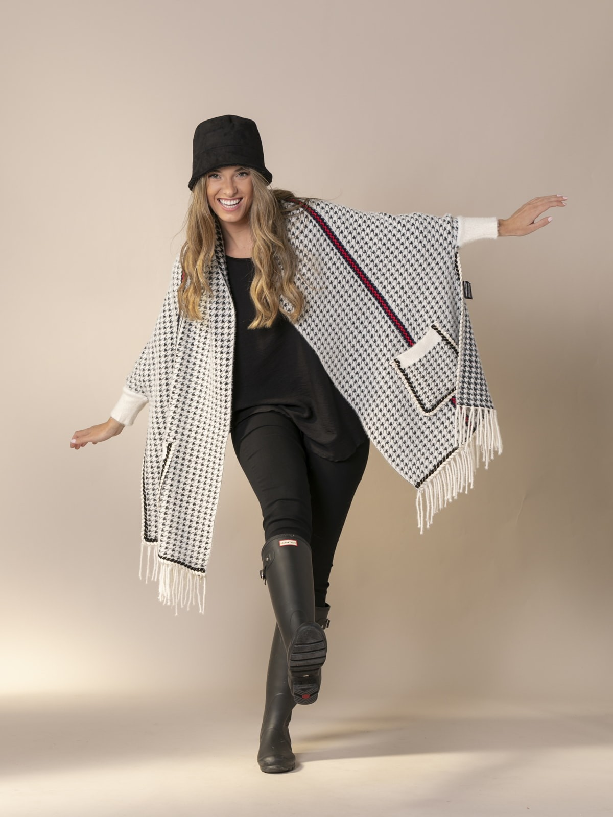 Woman Houndstooth poncho White