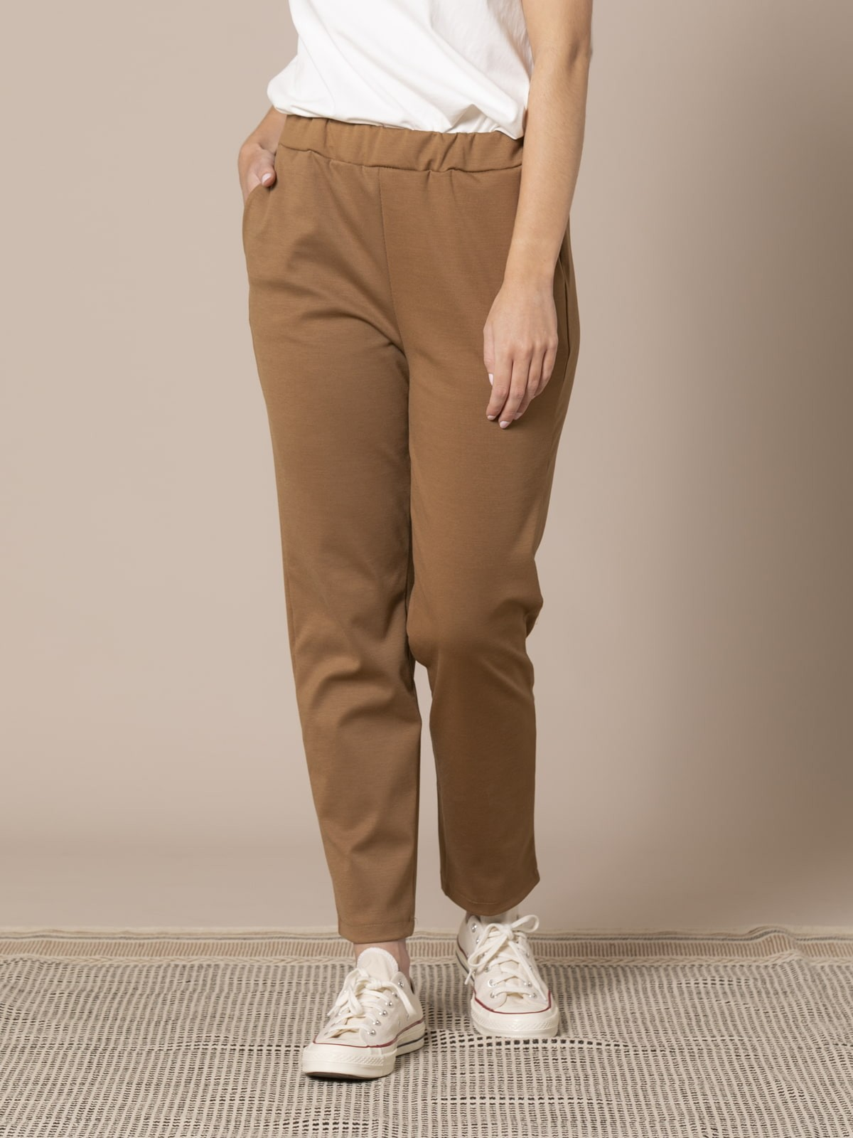 Woman Roma knit trousers Camel