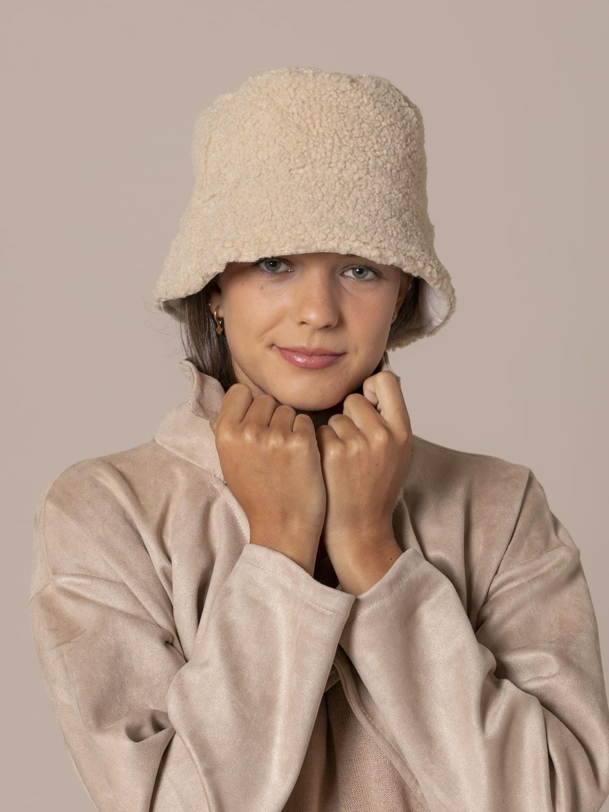 Gorro mujer trendy reversible Beige