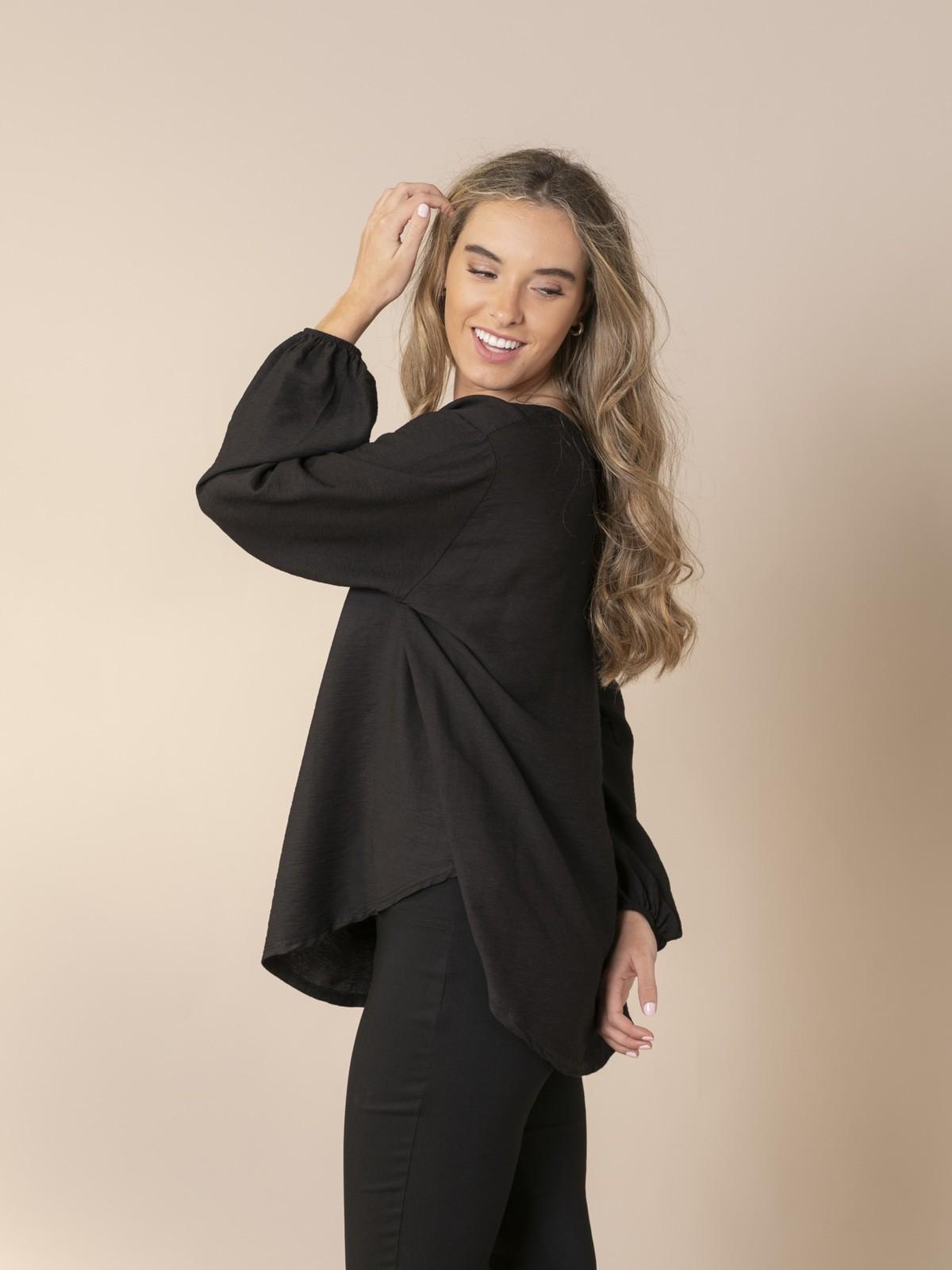 Woman Flowy blouse with elastic cuffs Black