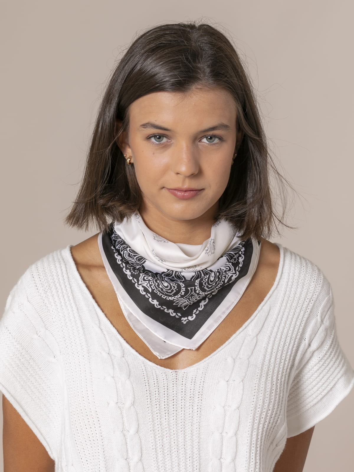 Woman Neck scarf Crudo