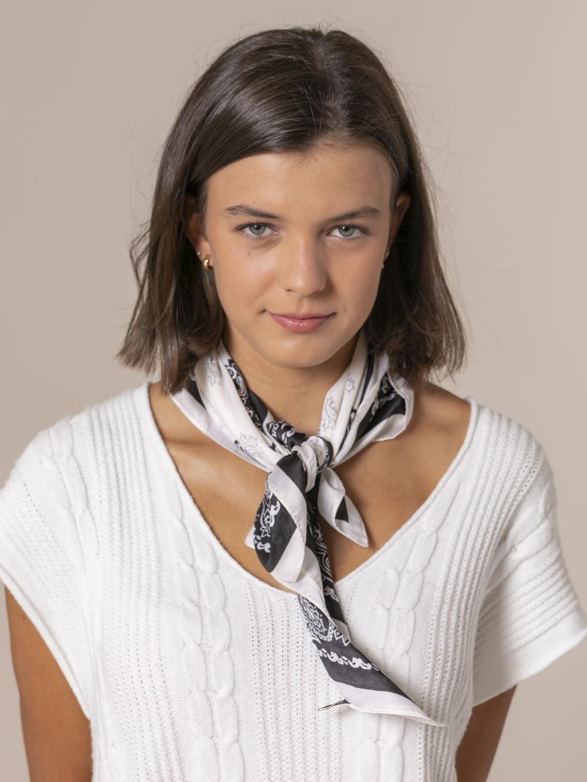 Pañuelo mujer cuello Crudo