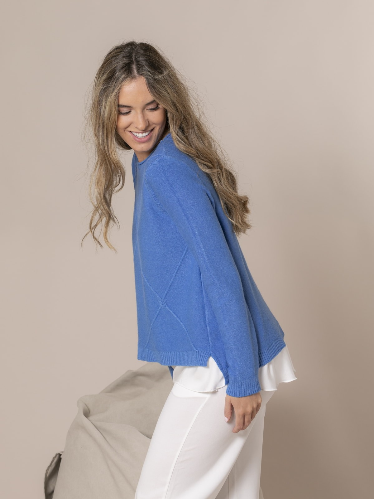 Woman Knitted and rhombus sweater Blue