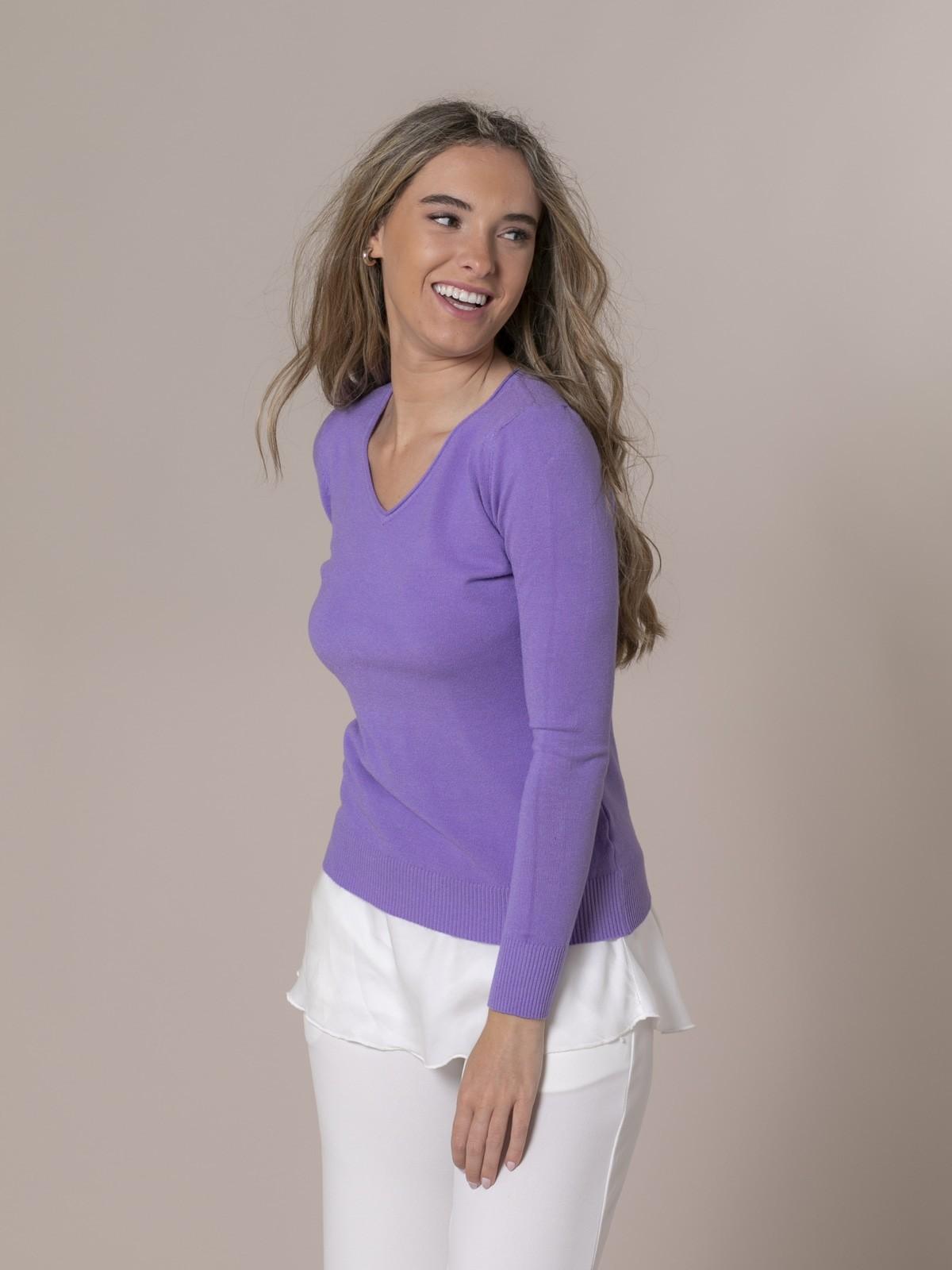 Woman Basic V-neck knit sweater Lila