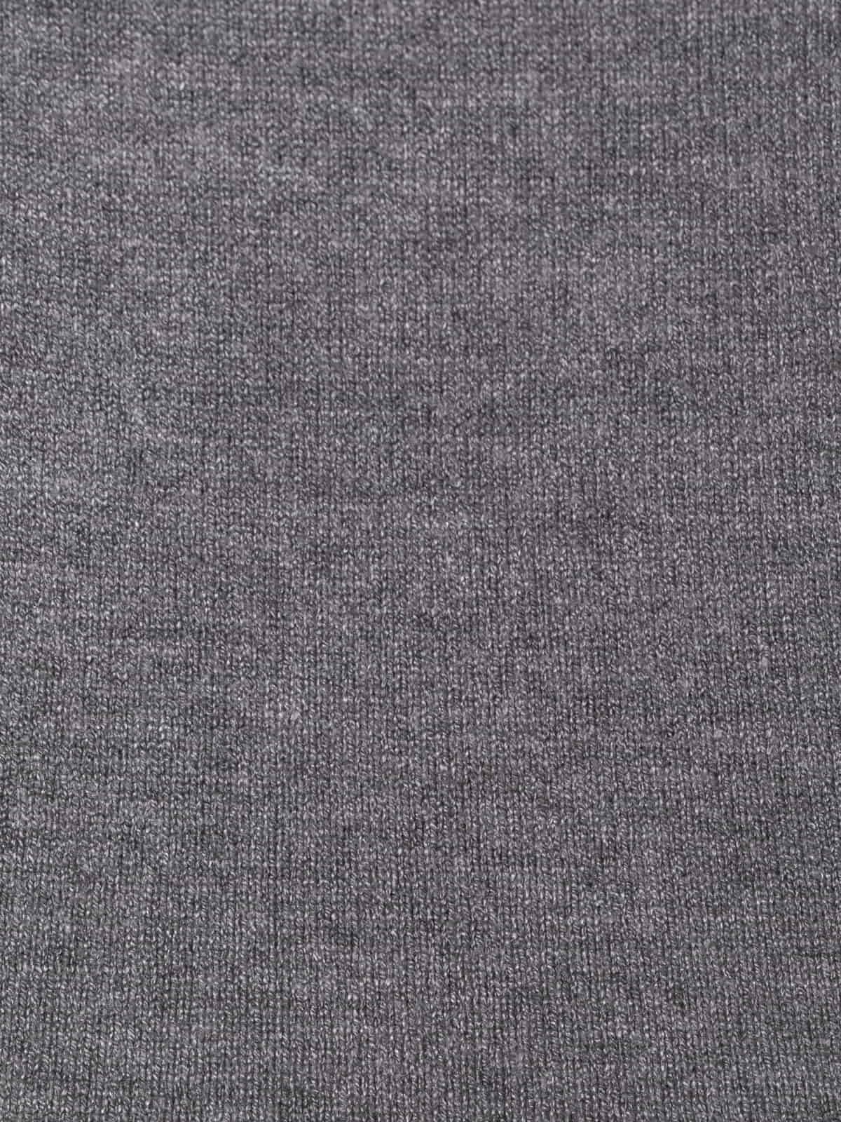 Jersey de punto básico cuello pico Gris