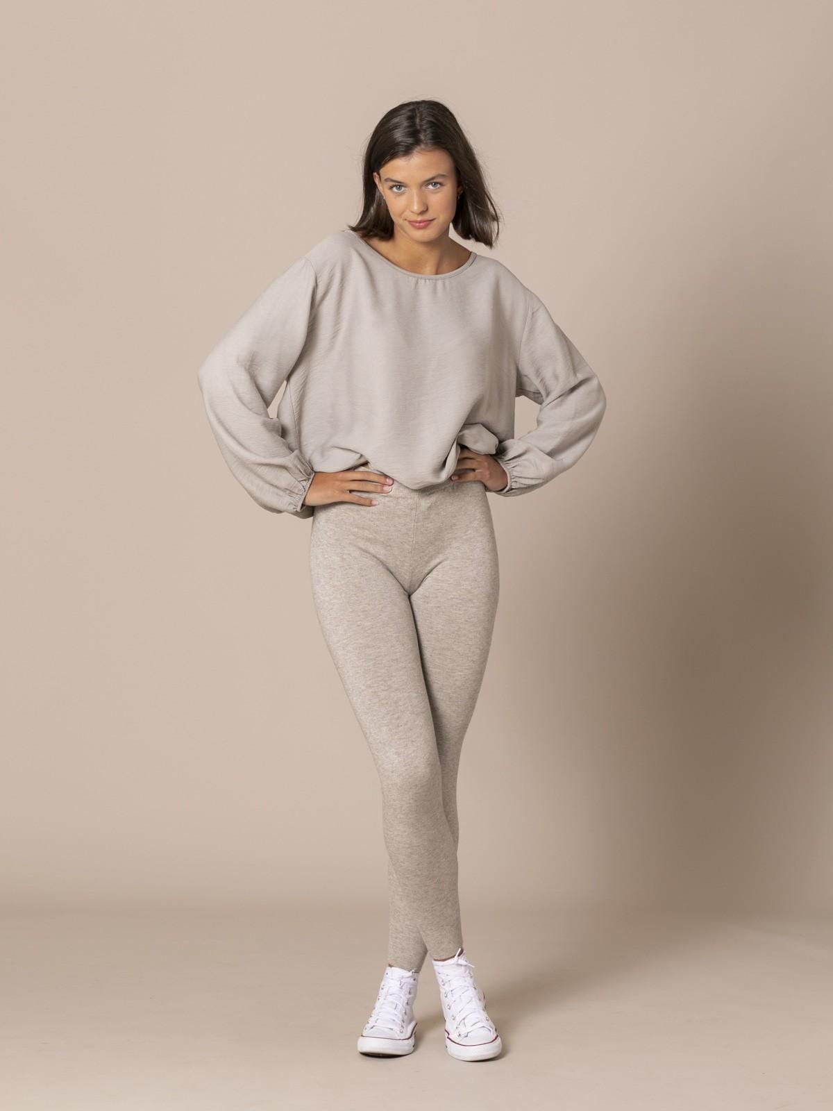 Woman Stretch low-knit trousers Beige