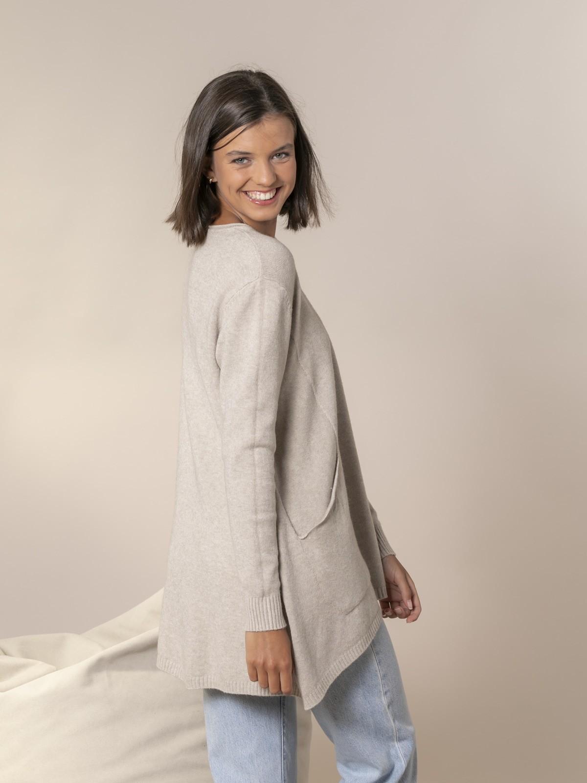 Woman Oversize knit sweater Beige
