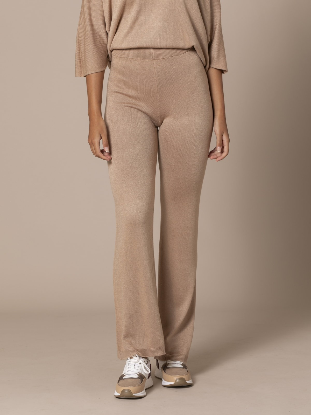 Pantalón mujer de punto Camel