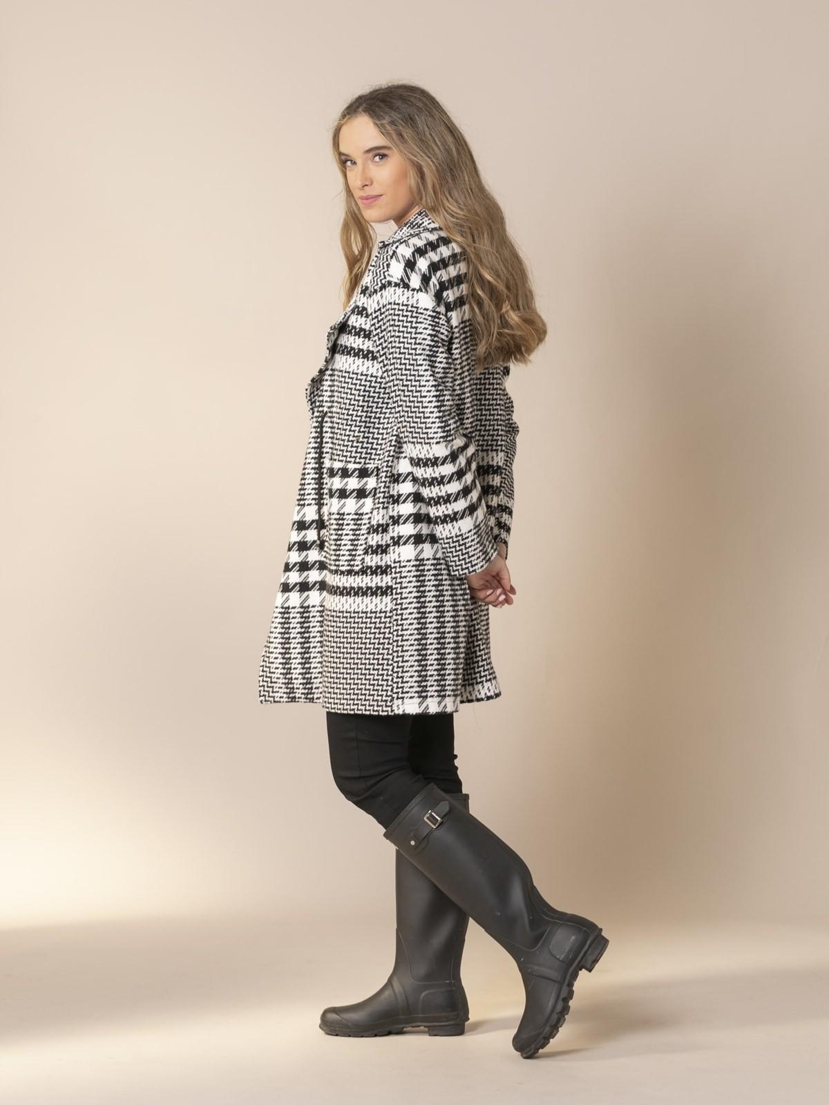 Woman Houndstooth wool coat Black