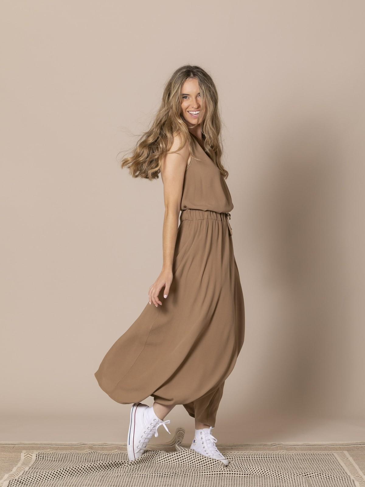 Woman Crepe skirt Camel