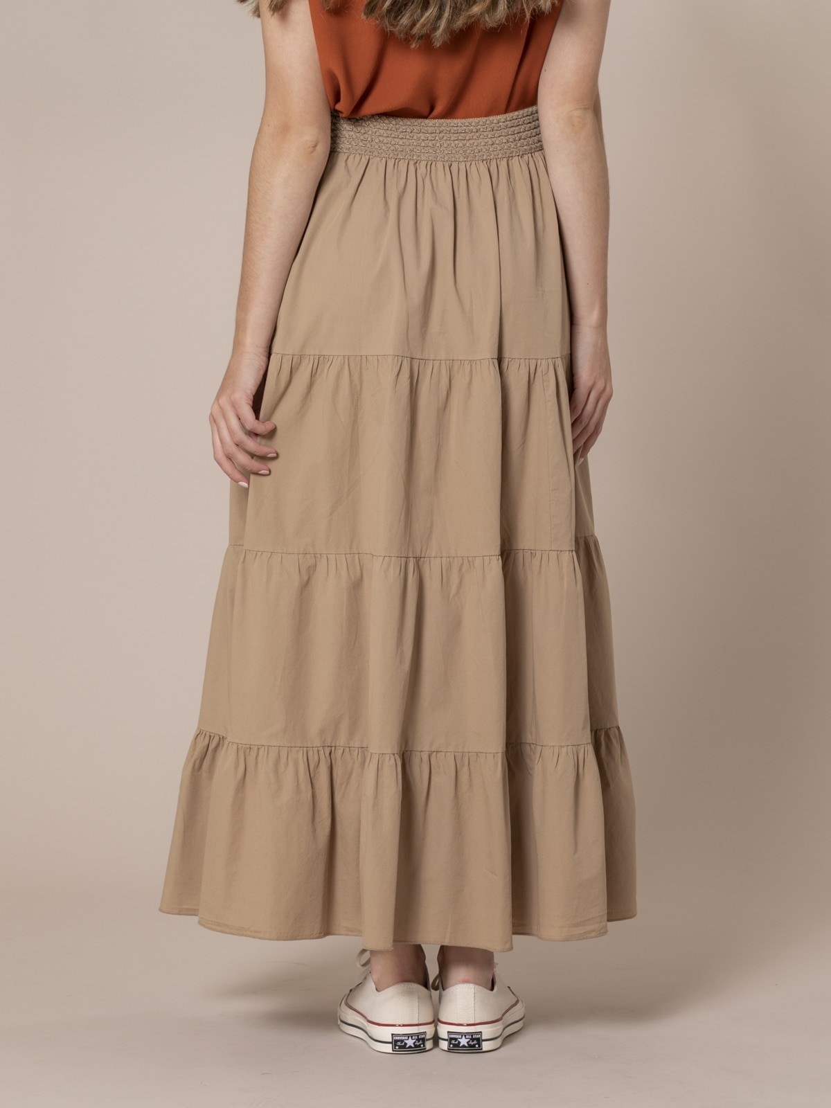 Woman Long skirt with elastic waist Camel