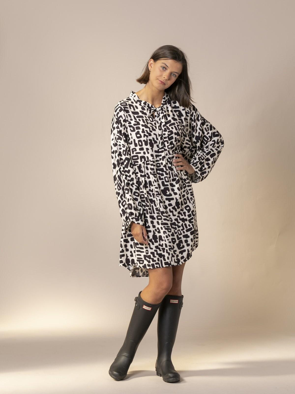 Woman Monochrome seventy dress Black