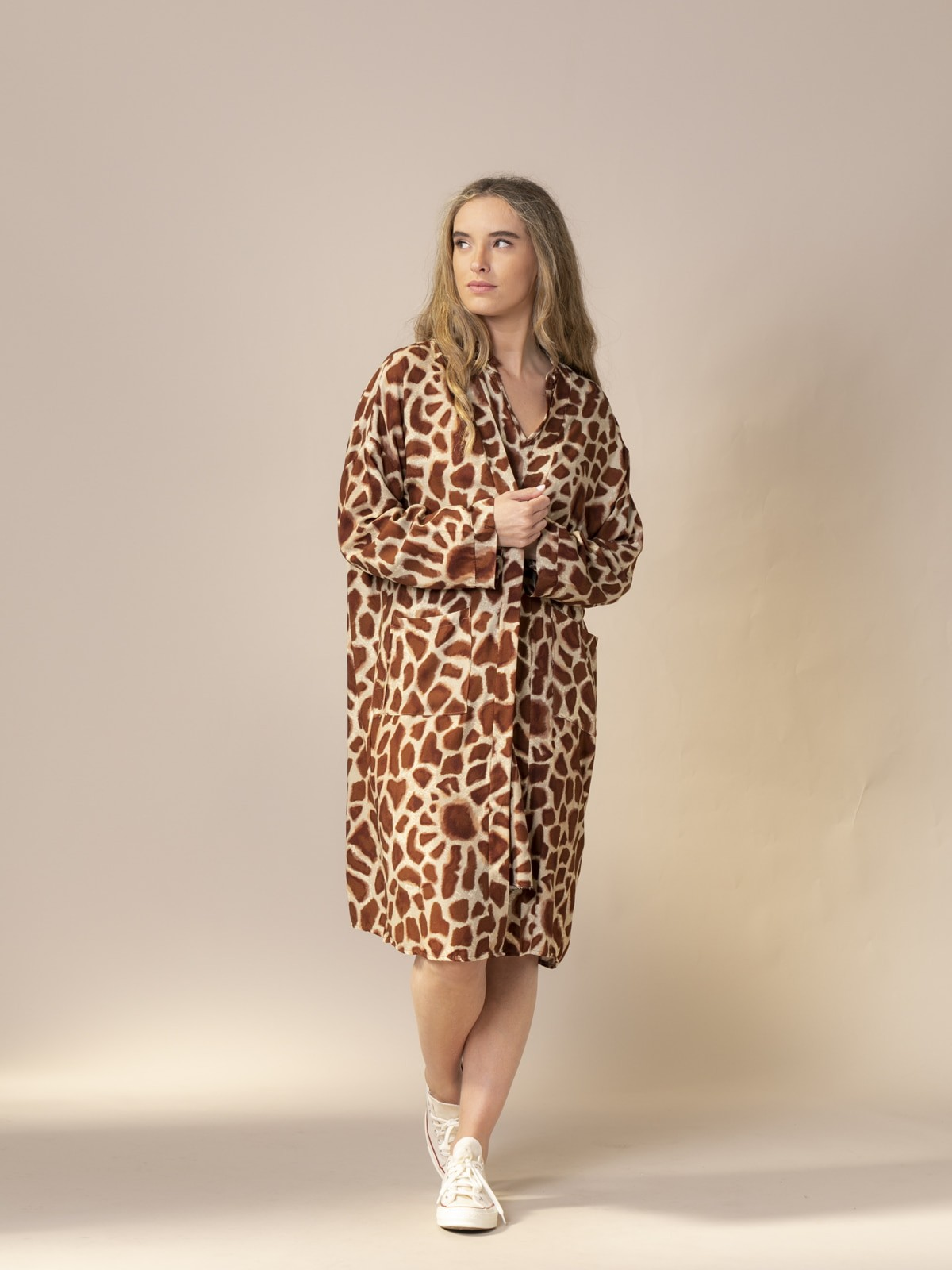 Woman Animal print kimono tabaco