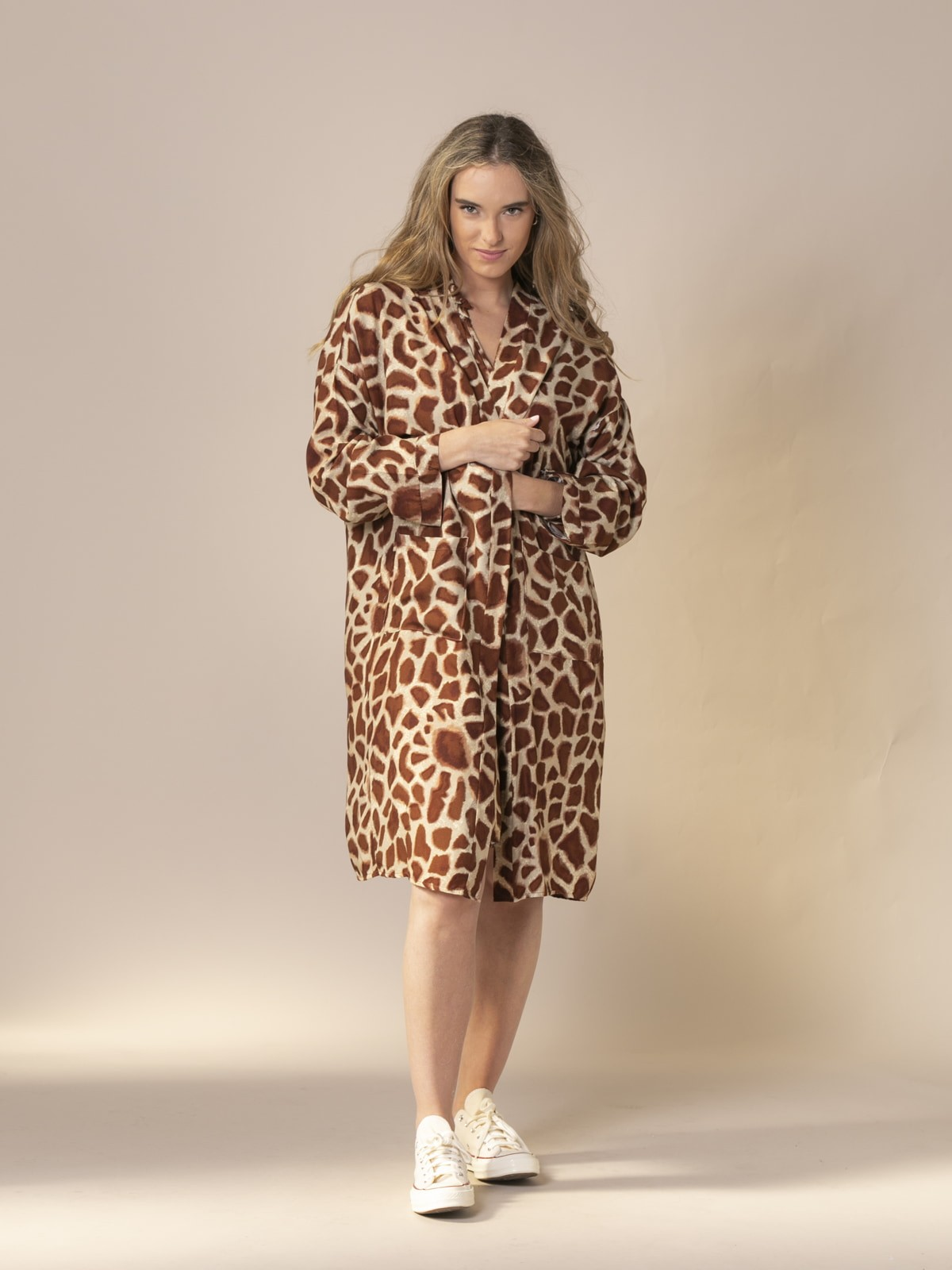 Kimono estampado mujer animal print tabaco