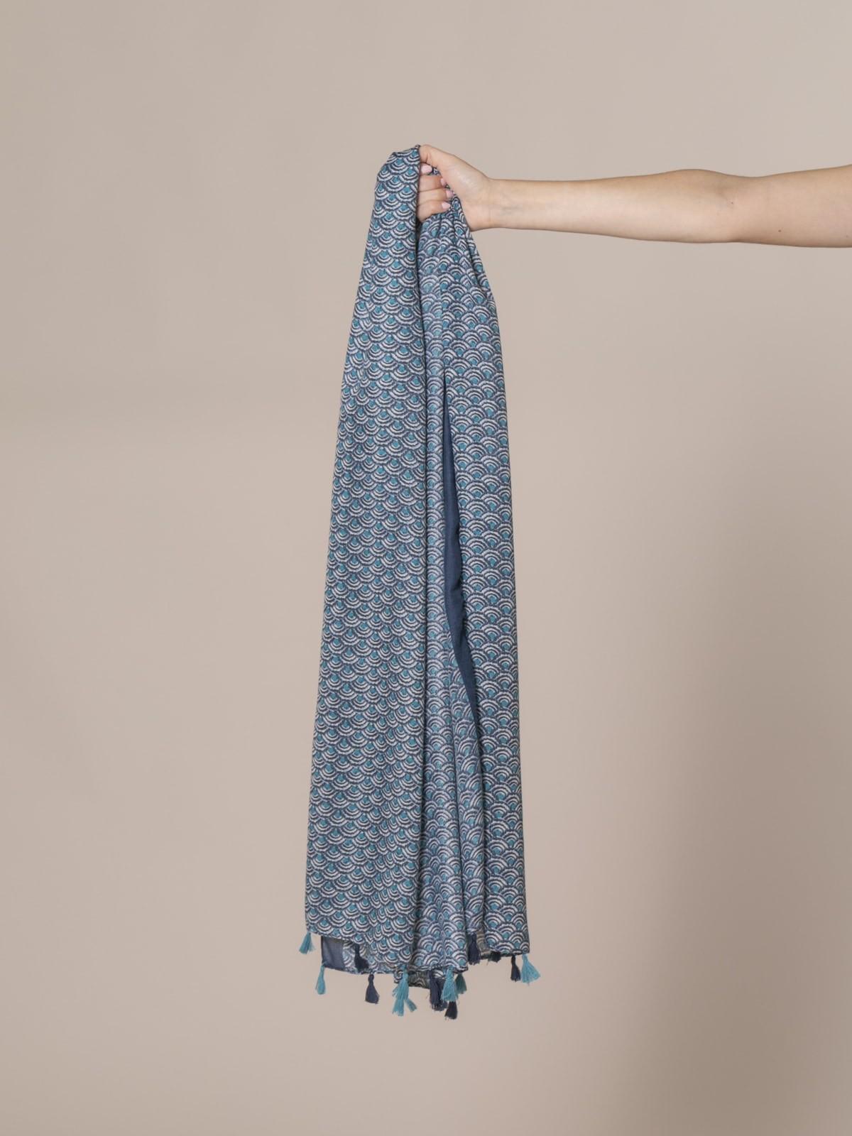 Woman Soft printed scarf Blue
