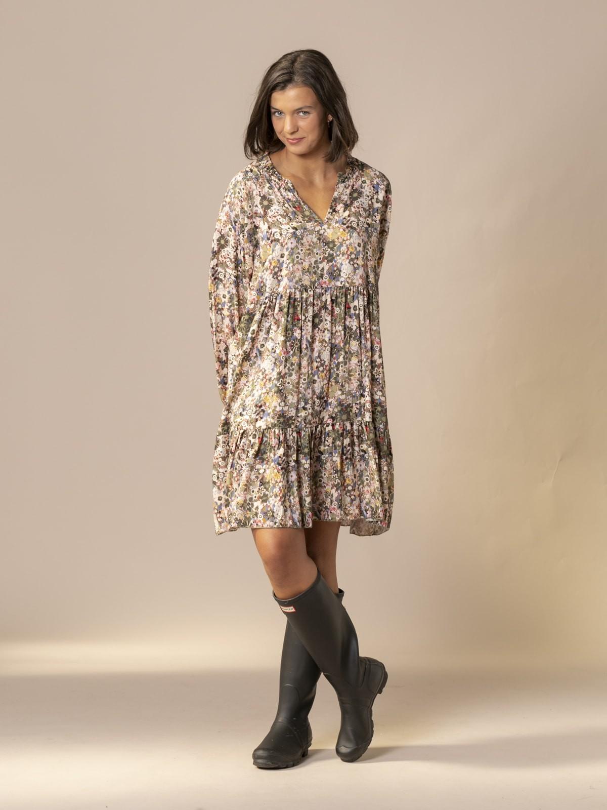Woman Floral print midi dress Khaki