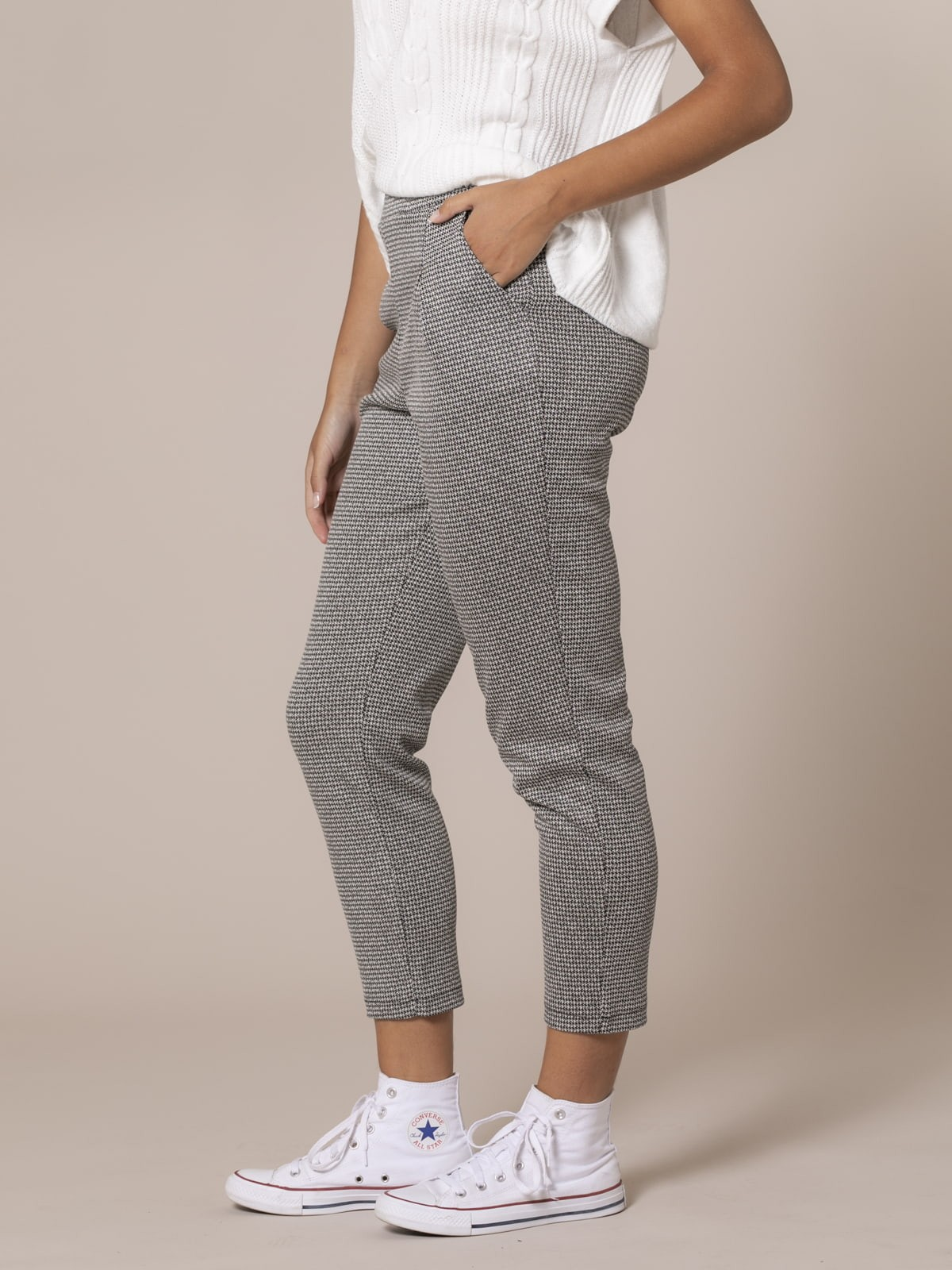 Woman Comfort houndstooth office pants Black