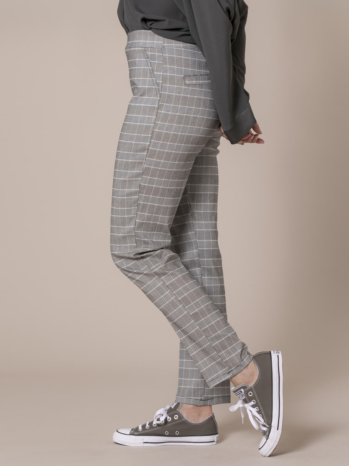 Woman Harry checked trousers Grey