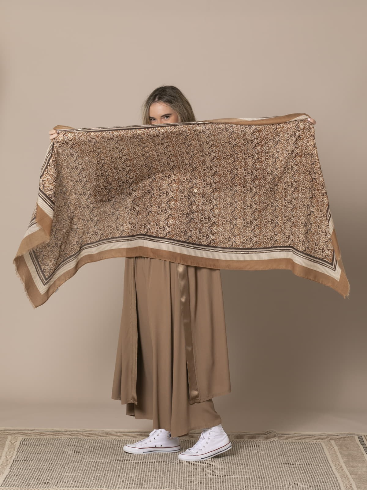 Pañuelo mujer Camel