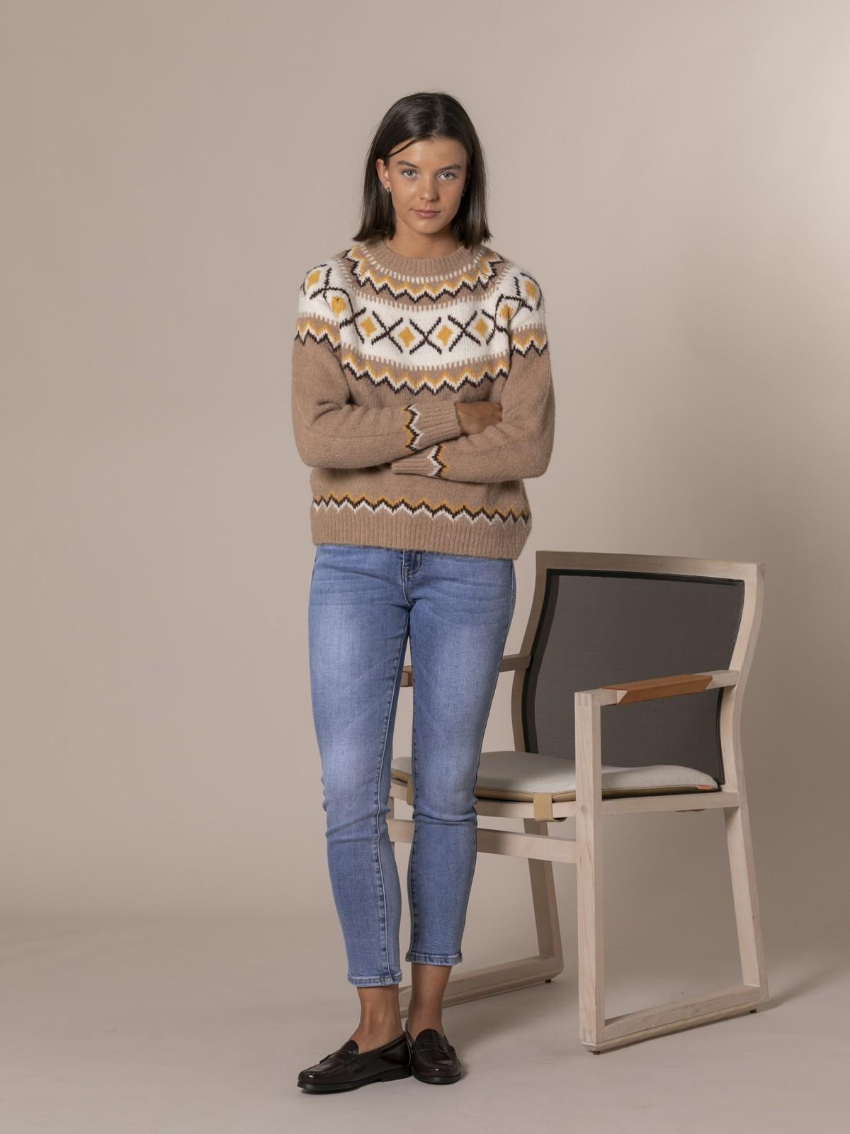Woman Retro aprés skí sweater Camel