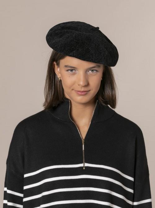 Woman Chenille cap Black