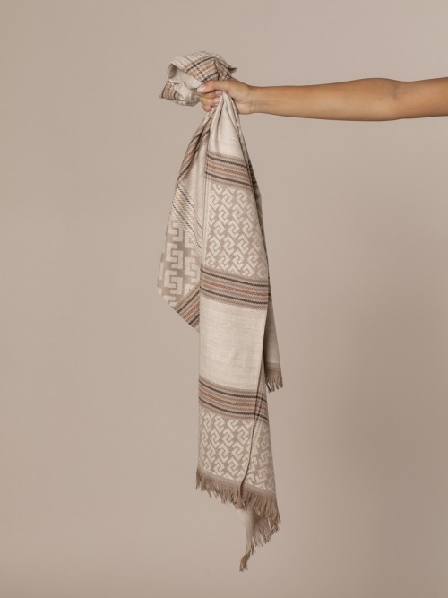Woman Burberry seventy check scarf Crudo