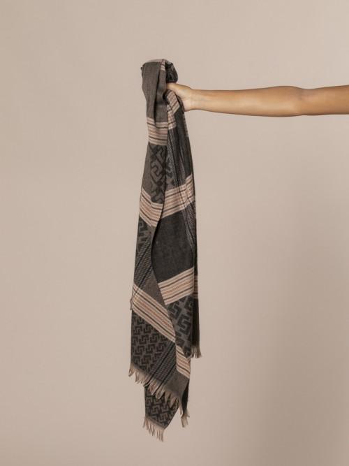Woman Burberry seventy check scarf Black