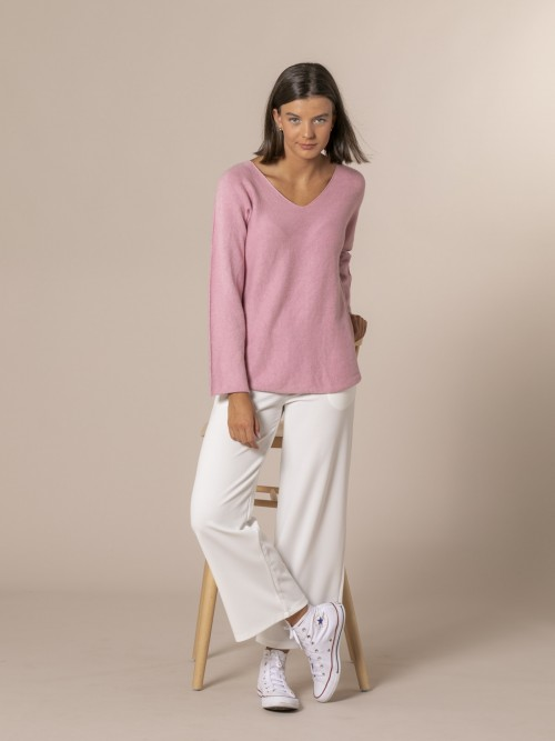 Woman V-neck knit sweater Pink