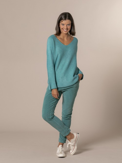 Woman V-neck knit sweater Turquoise