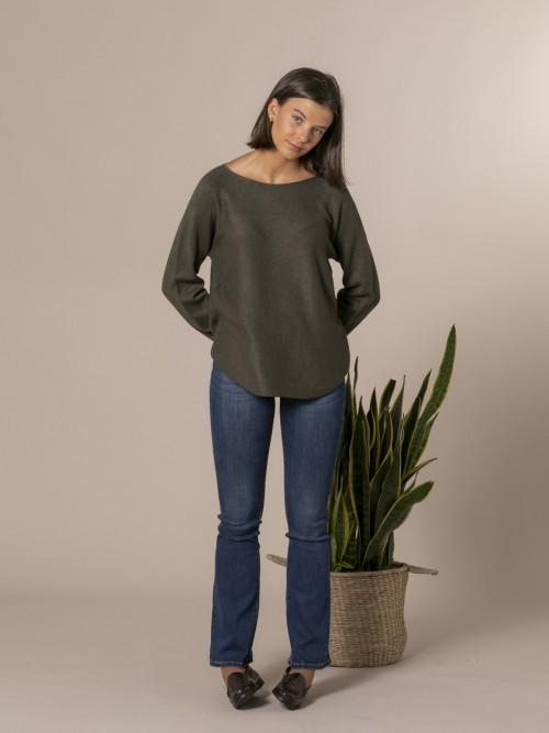 Woman Boat neck knit sweater Khaki
