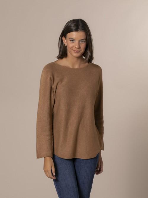 Woman Boat neck knit sweater Camel