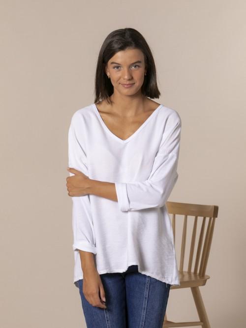 Blusa mujer cuello pico Blanco