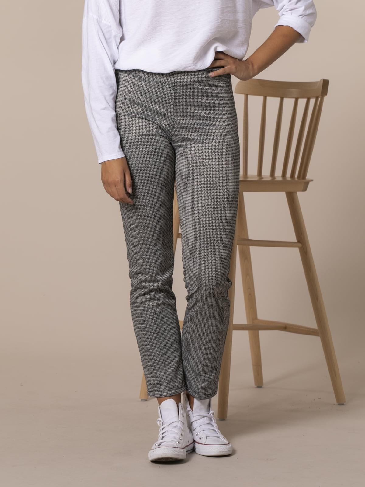 Woman Houndstooth skinny pants Black