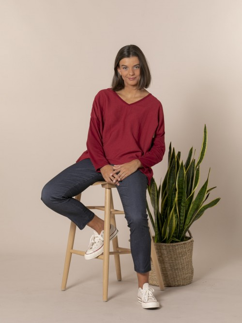 Woman V-neck blouse Red