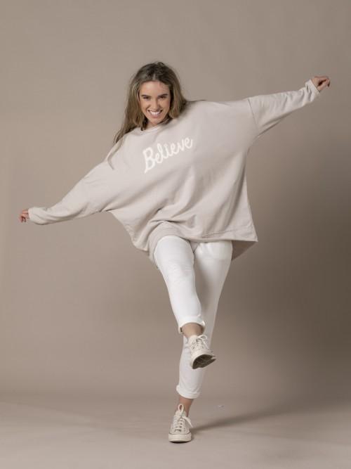 Woman Oversized message sweatshirt Beige