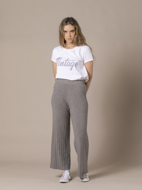 Woman Flared and pleated knit trousers Grey