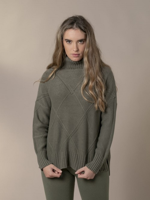 Woman Knitted sweater with rhombus pattern and roll neck Khaki