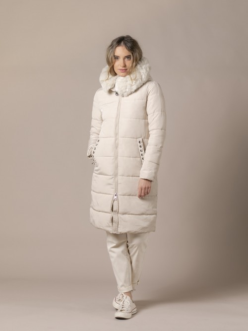 Woman Padded coat with fur White