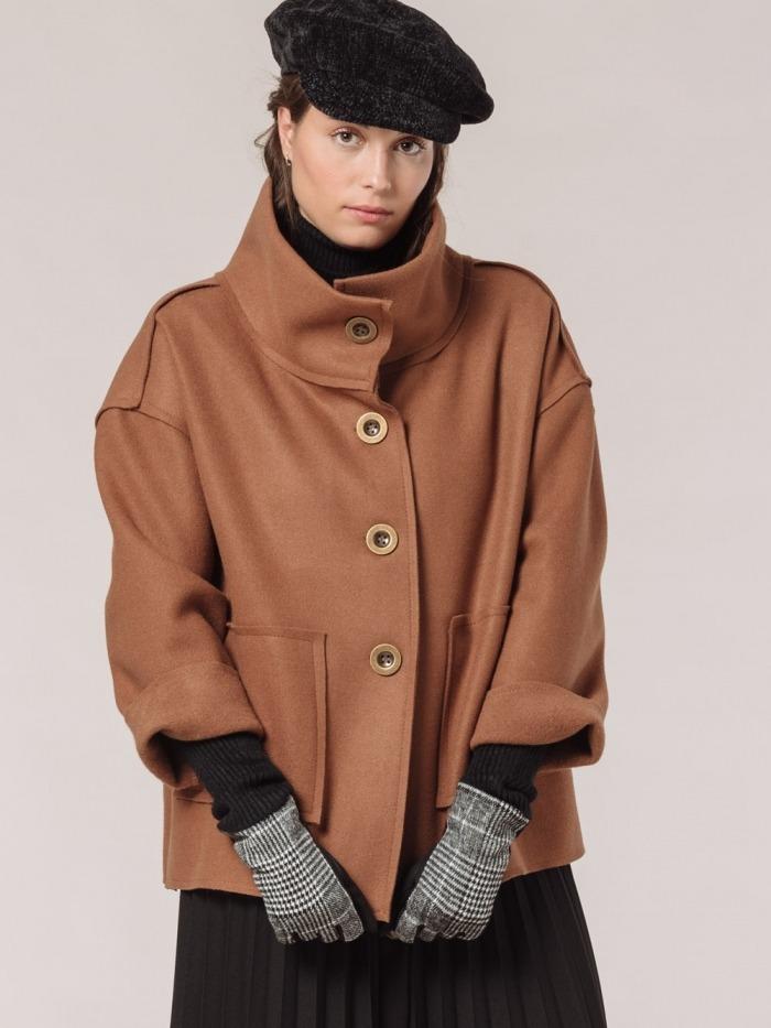 Women short cloth coat Camel