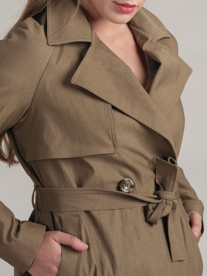 Trench elastico confort mujer